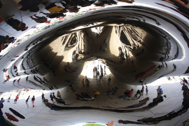 The Bean i Chicago set nedefra!
