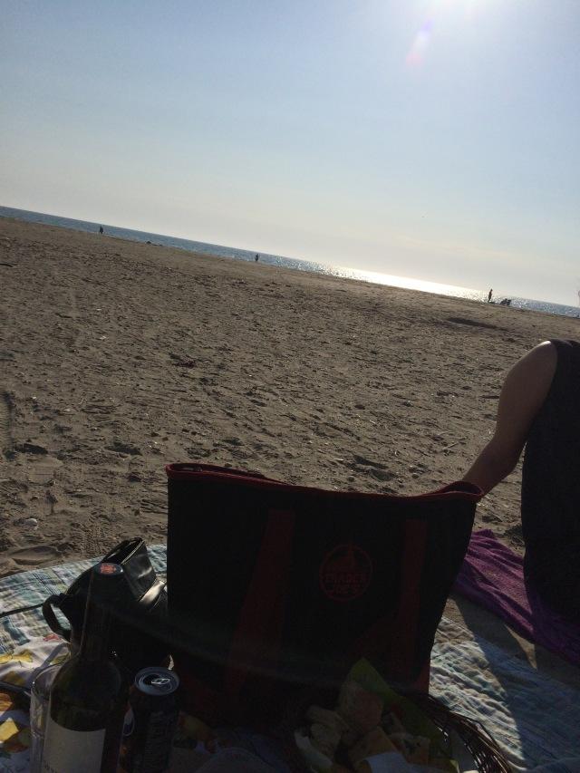 Igår var der endelig tid til en picnic i solnedgangen ved Vesterhavet sammen med 2 rigtig gode veninder
